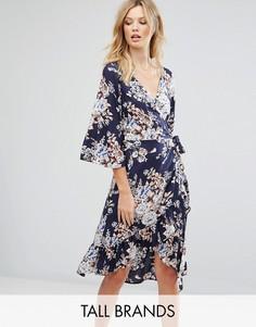 Платье с цветочным принтом и запахом Vero Moda Tall - Темно-синий