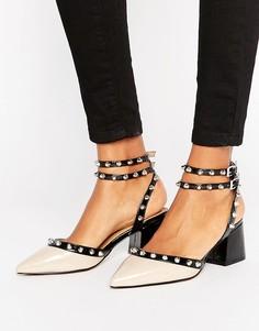 Туфли на среднем каблуке с шипами ASOS SIXTH SENSE - Бежевый