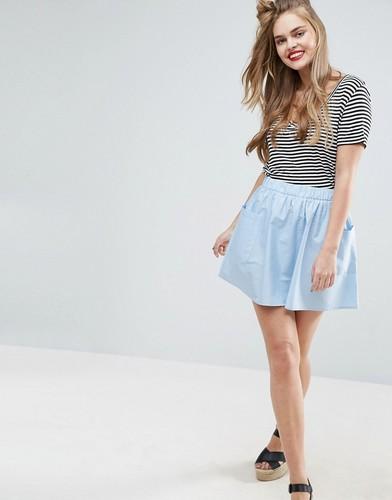 Короткая расклешенная юбка из хлопкового поплина с карманами ASOS - Синий