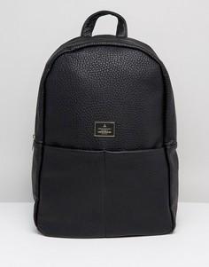 Черный рюкзак из зернистой искусственной кожи с наружными карманами ASOS - Черный
