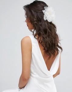 Заколка для волос с цветком ASOS Wedding - Кремовый