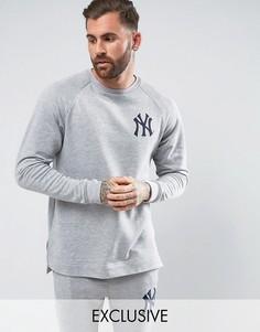 Длинный свитшот с рукавами реглан Majestic Yankees эксклюзивно для ASOS - Серый