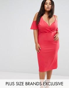 Платье с запахом и вырезами на плечах Club L Plus - Розовый