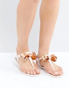 Розовые сандалии с Т-образными ремешками и бантиками Ted Baker Effiey - Розовый