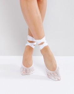 Кружевные носки-пуанты с завязывающимися лентами ASOS - Белый