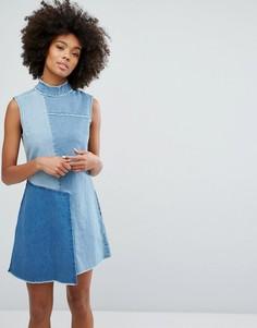 Джинсовое платье с высоким воротом и контрастными вставками Waven - Синий