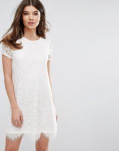 Цельнокройное кружевное платье Lipsy - Кремовый