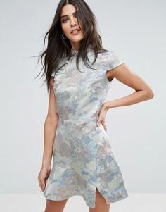 Жаккардовое платье с высоким воротником Miss Selfridge - Синий