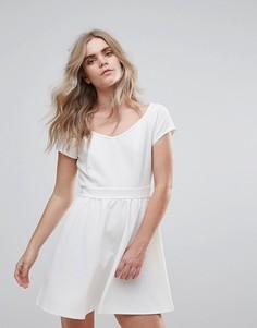Фактурное короткое приталенное платье Madam Rage - Белый