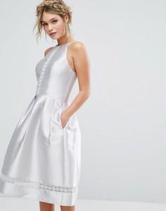 Атласное платье миди с кружевными вставками Chi Chi London - Мульти