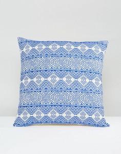 Чехол на подушку с вышивкой Ashiana - Синий
