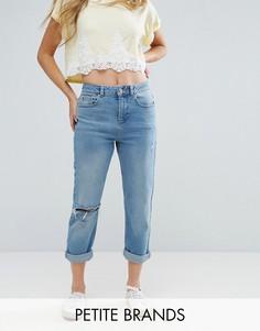 Джинсы в винтажном стиле с рваной отделкой Miss Selfridge Petite - Синий