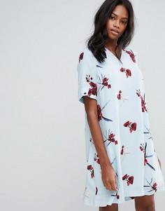 Платье с цветочным принтом Y.A.S - Синий