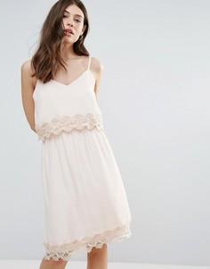 Летнее платье с кружевной вставкой B.Young - Розовый