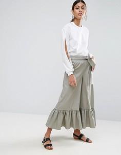 Широкие брюки с завышенной талией и оборкой по краю ASOS - Зеленый