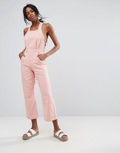 Нежно-розовый джинсовый комбинезон с халтером ASOS - Розовый