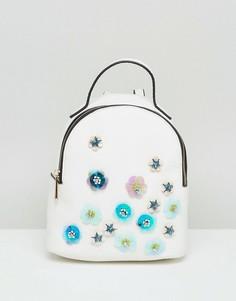 Мини-рюкзак с отделкой ASOS - Белый