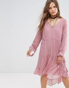 Свободное платье миди с оборками Glamorous - Розовый