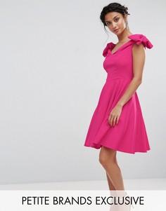 Платье мини с открытыми плечами и бантами на рукавах John Zack Petite - Розовый