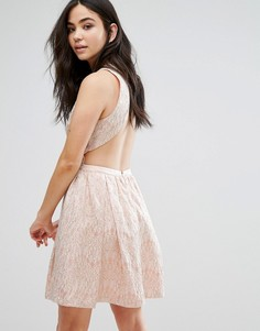 Кружевное короткое приталенное платье без рукавов The English Factory - Розовый