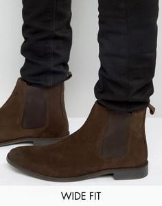 Коричневые замшевые ботинки челси для широкой стопы ASOS - Коричневый