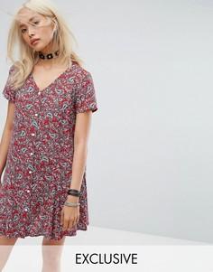 Чайное платье на пуговицах с цветочным принтом Reclaimed Vintage Inspired - Красный
