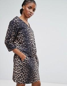 Платье с леопардовым принтом и поясом на талии b.Young - Рыжий