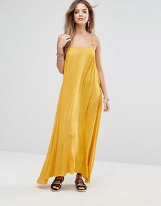 Платье макси с отделкой кольцами Boohoo - Желтый