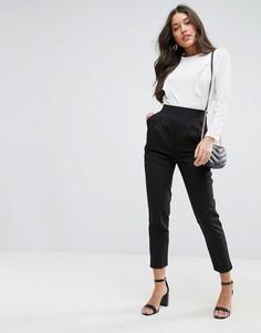Суженные книзу брюки с завышенной талией и эластичной отделкой ASOS - Черный