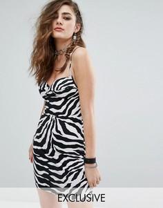 Облегающее платье с чашечками на косточках и принтом зебра Motel - Мульти