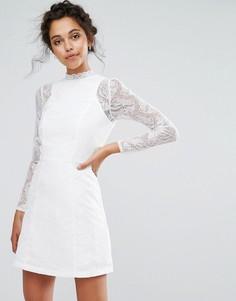 Кружевное трапециевидное платье мини с длинными рукавами Chi Chi London - Белый