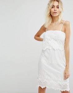 Платье с вышивкой Glamorous - Кремовый
