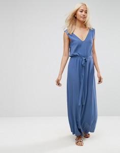 Платье макси с глубоким V-образным вырезом и ремешками по бокам ASOS - Синий