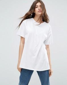 Свободная футболка бойфренда ASOS - Белый