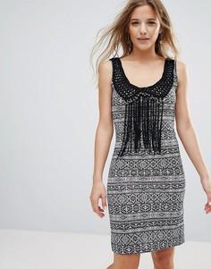 Платье с отделкой кисточками Brave Soul Jessica - Черный