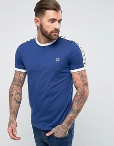 Синяя футболка зауженного кроя с окантовкой на рукавах Fred Perry Sports Authentic - Синий