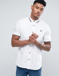 Белая приталенная рубашка Fred Perry - Белый