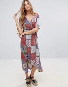 Платье миди в стиле пэчворк с принтом пейсли Hazel - Мульти