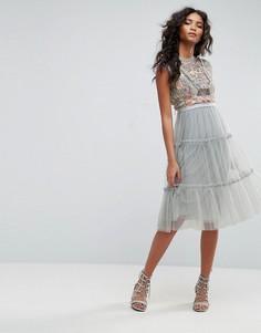 Платье миди из тюля с декоративной отделкой Needle & Thread - Синий