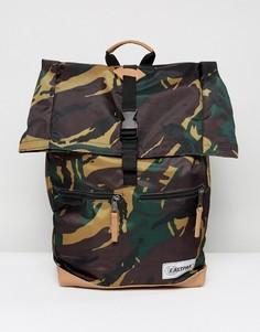 Рюкзак с камуфляжным принтом Eastpak Macnee - 24 л - Зеленый