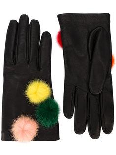 перчатки с помпонами Fendi