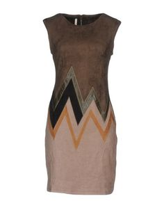 Короткое платье Stella Morgan
