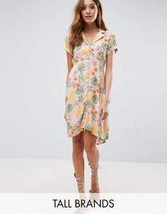 Чайное платье с цветочным принтом Vero Moda Tall - Мульти