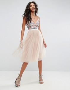 Тюлевое платье миди с вышивкой Needle & Thread - Розовый