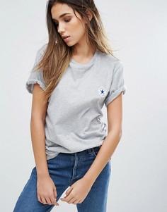 Свободная серая футболка с аппликацией Converse - Серый