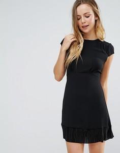 Облегающее платье с короткими рукавами Wal G - Черный