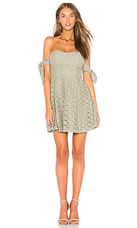 Off the shoulder sleeve tie lace dress - J.O.A.