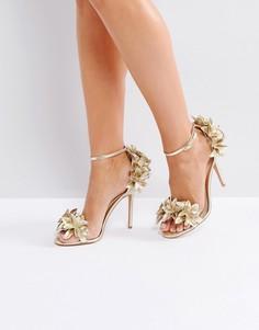 Босоножки на каблуке с цветочной отделкой Forever Unique - Золотой
