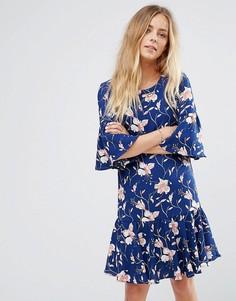 Платье с расклешенными рукавами и цветочным принтом Vila - Синий