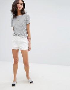 Джинсовые шорты бойфренда с завышенной талией Vero Moda - Белый